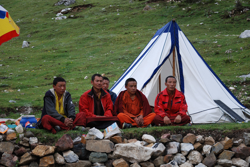 Visitors in the camp in Tibet