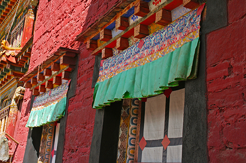 Beautiful Kham wooden handcarfted windows, Tibet