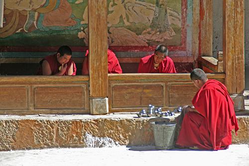 Monastic life in Dzongsar Valley, Kham, Tibet