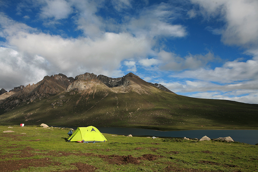 campsite at Mt. Nyenpo Yurtse in Amdo-Tibet