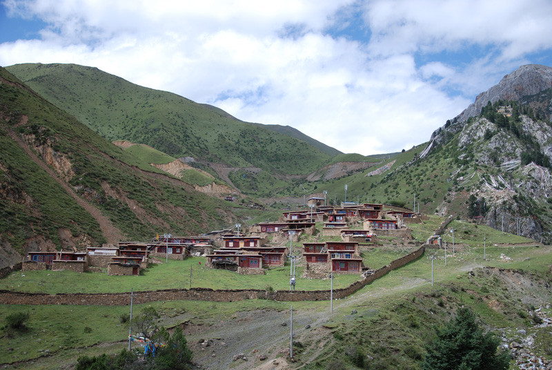 Village in Kham, East Tibet
